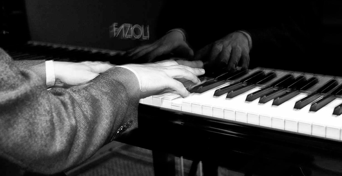 hands on piano keys