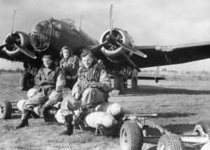 RAF_Bomber_Command_1940_HU104656